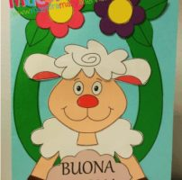 Biglietto di Pasqua con pecorella