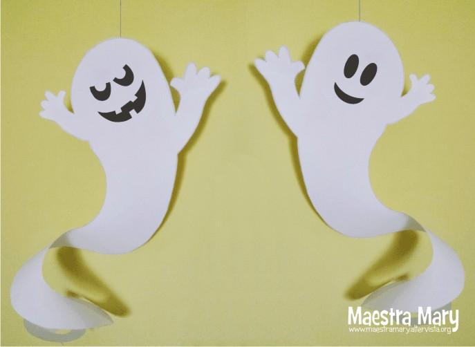 Decorazioni di Halloween con fantasmi  3beca1601555