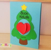 Biglietto di Natale con albero e cuore