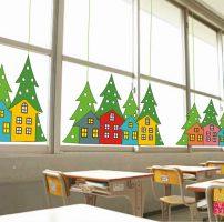 Decorazioni di Natale con alberi e casette